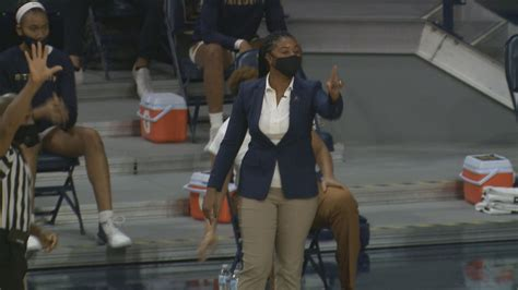 Notre Dame women's basketball has two games postponed due ...
