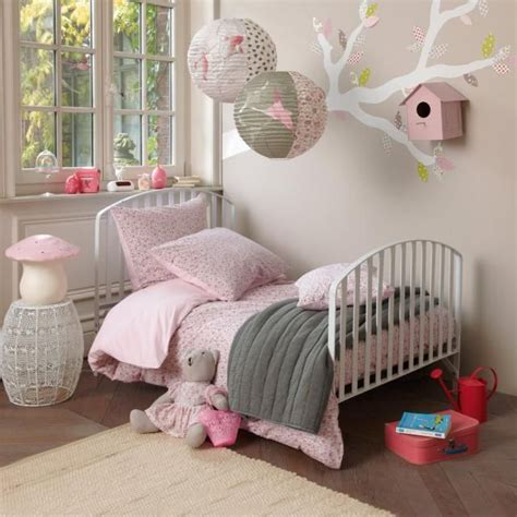 idee de decoration pour chambre de fille rosie  ans