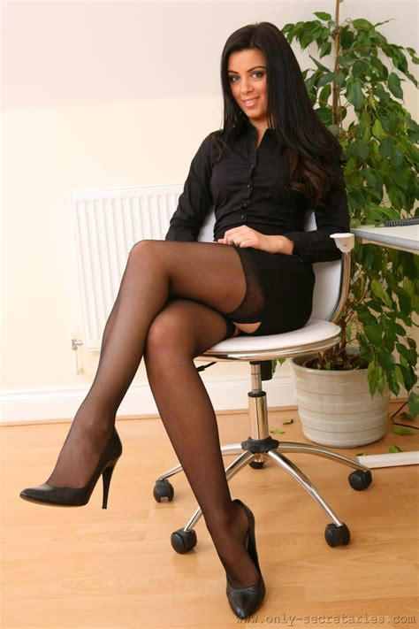 Toni ♡ Secretaries Beine Sexy Lange Beine