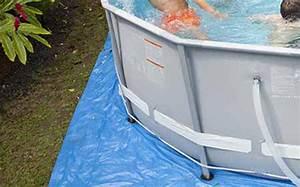 accessoire piscine pas cher With tapis de sol sous piscine hors sol