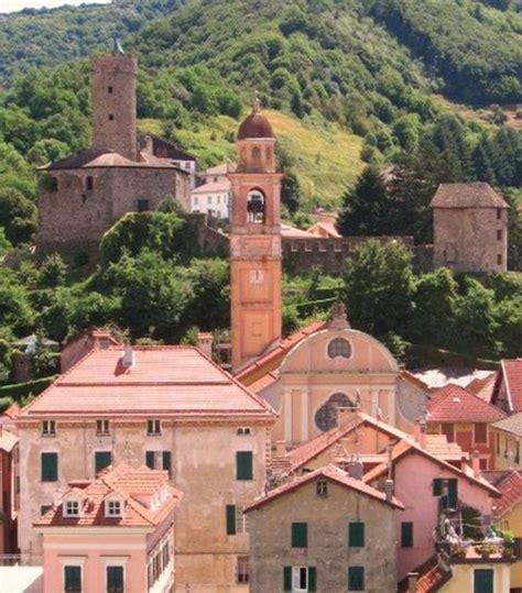 affitto casa vacanza liguria albergo cagna liguria co ligure genova l antico borgo