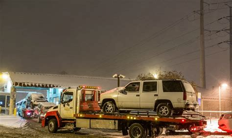 tow truck jump start  roadside assistance  frankfort il