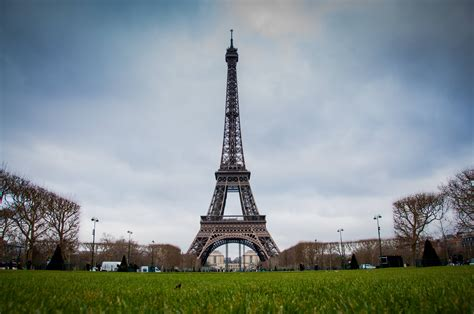 Eiffel Tower Background Eiffel Tower Backgrounds Wallpaper Cave