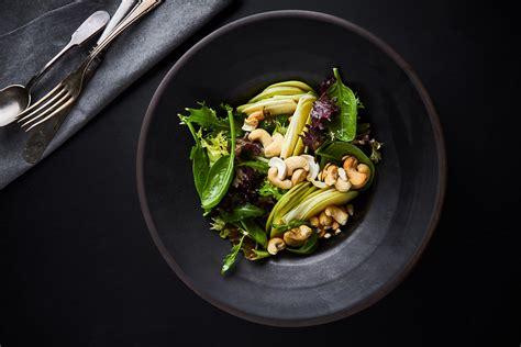 Rimi - Viegli, svaigi un eleganti: salāti pavasarīgai maltītei