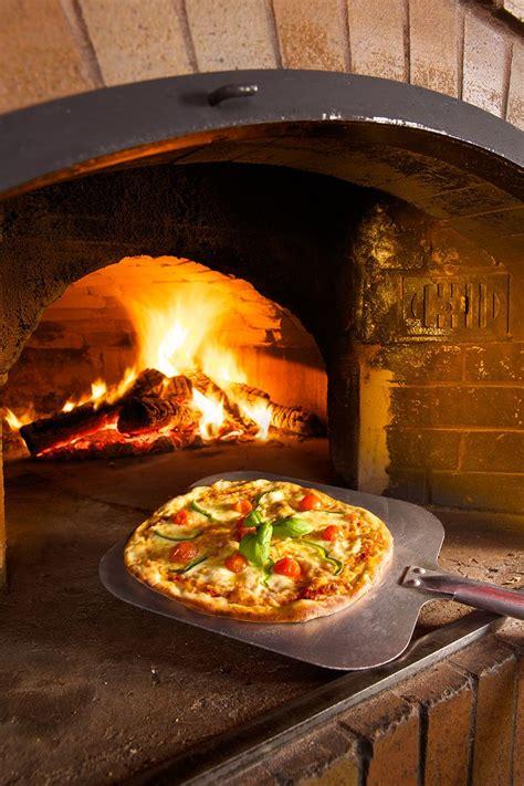 pizza four a bois 1000 id 233 es sur le th 232 me four pizza bois sur