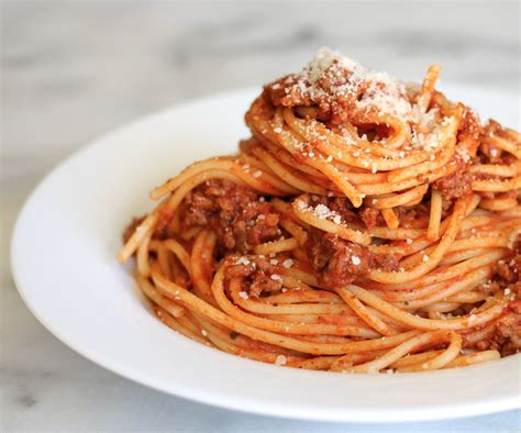 how to make spaghetti how to make spaghetti in a couple easy steps 5 steps with pictures