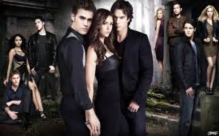 Halloween Town Trailer Espaol by Vampire Diaries Cast