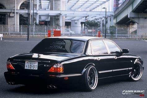 jaguar xjr rear