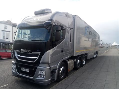 driven iveco stralis xp truck review trucks