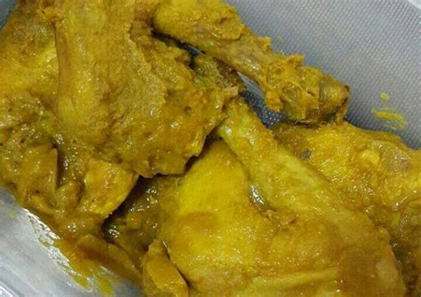 Nah, apabila anda mau mencoba resep ayam goreng kremes dengan tambahan bumbu kelapa, mudah saja. Resep Ayam Ungkep Bumbu Kuning (stok tinggal goreng) oleh ...