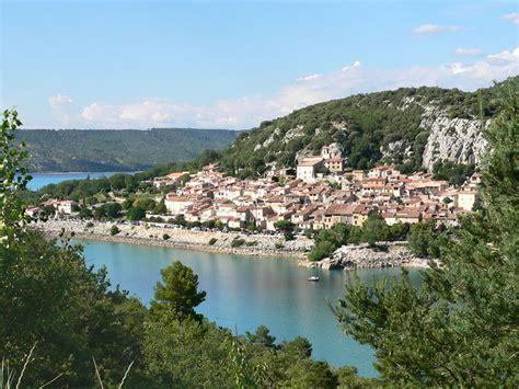 les chais de sainte croix sur le lac de sainte croix a photo from provence
