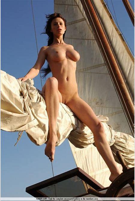 Nude art fantasy pirate porn image