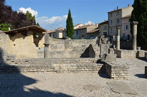 chambres d h es vaison la romaine 10 must see ancient in provence