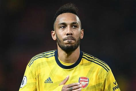 Aubameyang claims Arsenal hold 'the keys' to contract ...