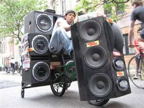 Bicycle Trailer Sound System Details Electronics