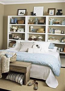 57 smart bedroom storage ideas digsdigs for Bedroom shelving ideas