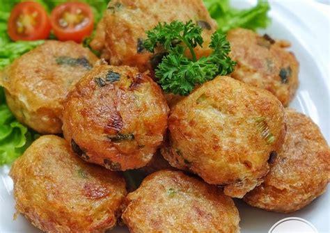 Resep pukis kentang adalah salah satu resep membuat kue tradisional yang enak dengan rasa yang khas. Resep dan Cara Membuat Perkedel Kentang - elevenia Blog
