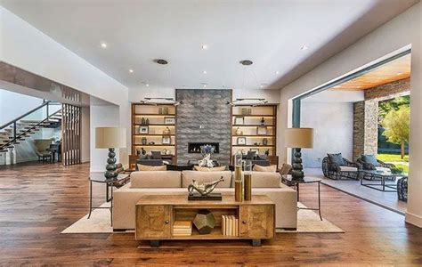 Kris Jenner Home Interior by Kris Jenner Buys Home Across The From