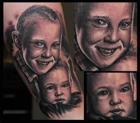 arm portraet realistische kinder tattoo von  tattoo