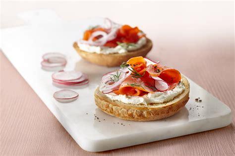 recette canapé saumon tartine saumon aneth et fromage fqmc