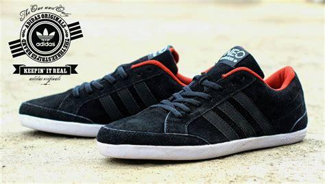 jual sepatu sport pria sepatu adidas casual www imgkid the image kid has it