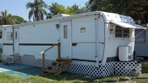 ft myers mobile homes  sale  coconut home park
