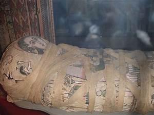 cleopatras tomb   Flickr - Photo Sharing!