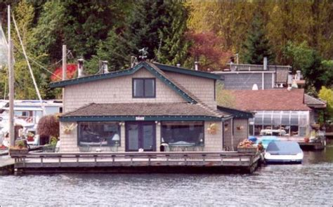Houseboats For Sale Seattle Area by For Sale Houseboats In Seattle