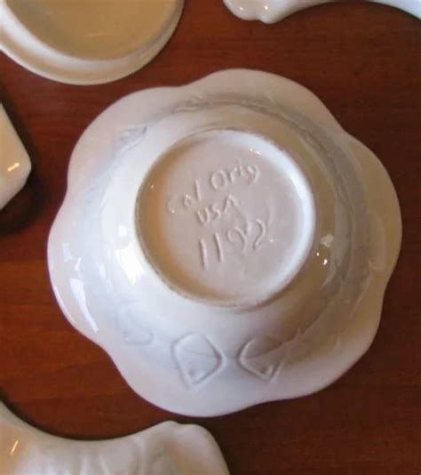 vintage california pottery white floral lazy vintage california pottery white floral lazy susan