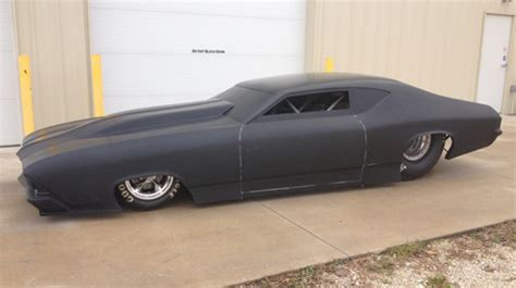 andy mccoy race cars reveals swoopy   chevelle body