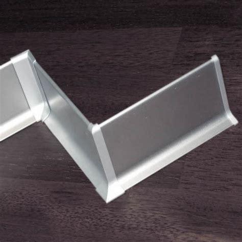 plinthe aluminium cuisine plinthe alu anodisé argent 60mm plinthe alu com
