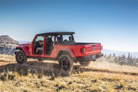 2020 Jeep Gladiator Build And Price by 2020 Jeep Gladiator Configurator Launches