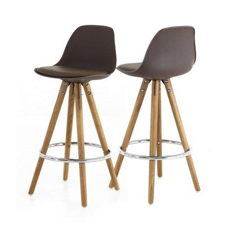 chaises hautes de cuisine tabouret haut style scandinave coloris taupe mykaz