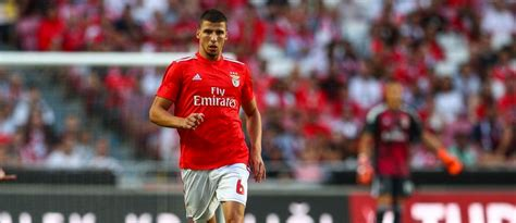 Rumoured Spurs target signs new five-year deal - Spurs Web ...