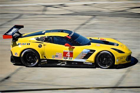 fastest porsche corvette and porsche fast at sebring michelin alley