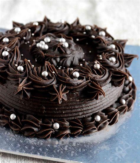 eggless gulkand cake  chocolate ganache frosting