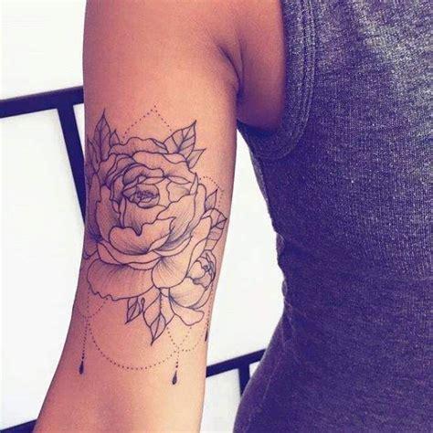 les 25 meilleures id 233 es de la cat 233 gorie tatouages de bras de femme sur encre