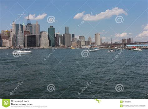 View Of Manhattan From Brooklyn Heights Promenade Stock