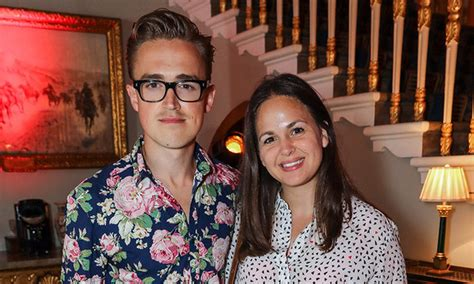 Tom and Giovanna Fletcher's son had the cutest reaction to ...