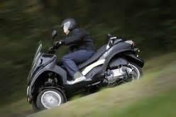 Maxi Scooter Occasion : bien acheter votre maxi scooter d occasion ~ Medecine-chirurgie-esthetiques.com Avis de Voitures
