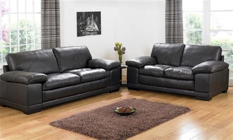 Black Settee by Decorating A Room With Black Leather Sofa Traba Homes