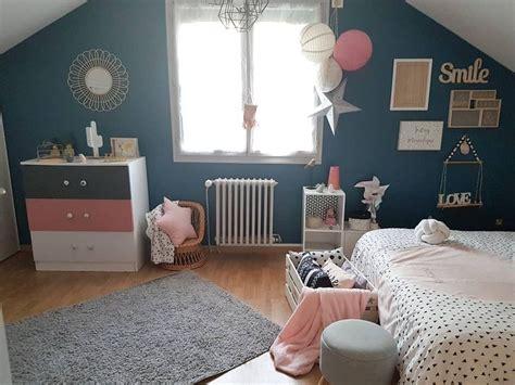 idee de decoration de chambre denfant contemporaine bleu