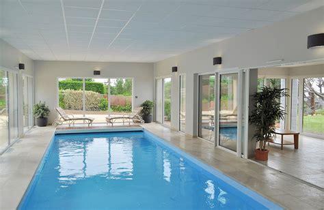 chambre a louer pas cher maison de location à carantec finistère avec piscine