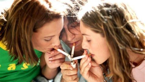 Más de un 58% de los jóvenes valencianos que fuman no