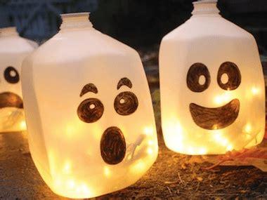 DIY Halloween Decorations: 19 Easy, Inexpensive Ideas