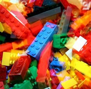 Lego Bauen App : lego mit diesem klebeband kannst du die plastiksteine berall anbringen welt ~ Buech-reservation.com Haus und Dekorationen