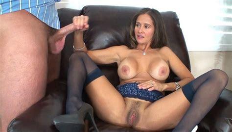 Mature Porn: Naked American housewives jerking big dicks