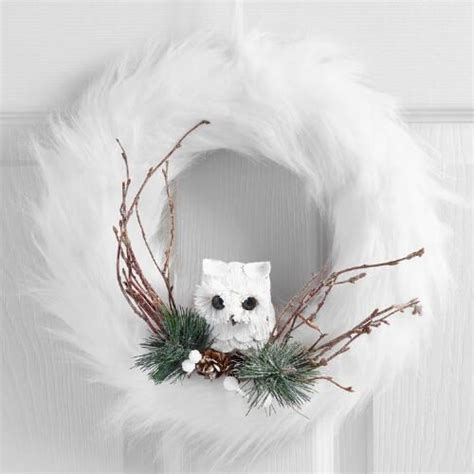 cozy faux fur christmas decor ideas shelterness