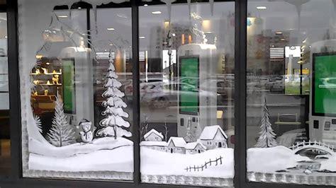 decoration vitrines de noel pour mcdonalds lille youtube