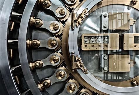 Bank Vault (chapter 7)